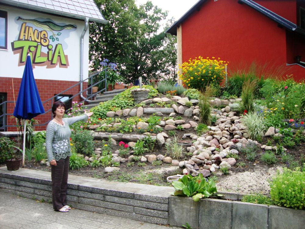 Haus tilia for Gartenbeet modern